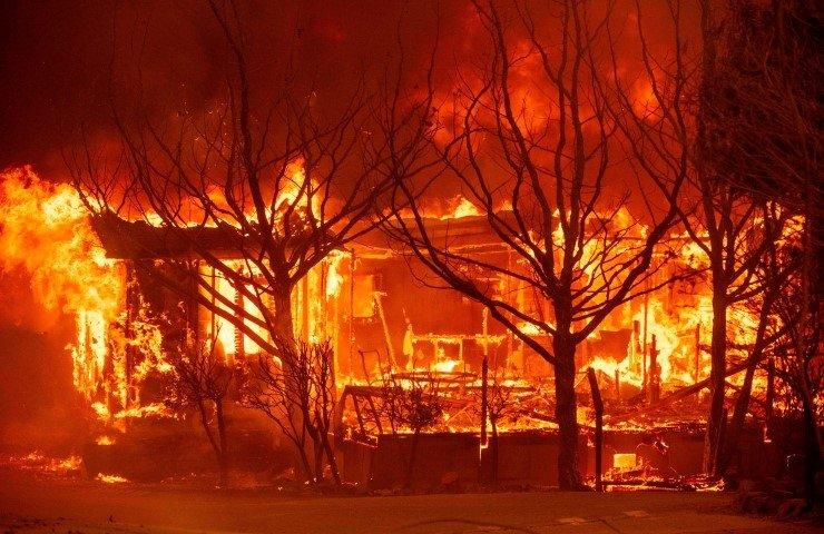 ABD'de büyük yangın   Haftalardır söndürülemiyor! OHAL ilan edildi