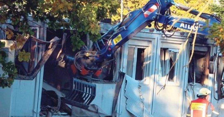 Yurt yangınında 7 kişi yaralandı