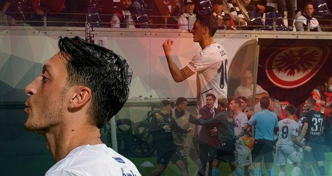 Hazımsız Almanlar geçmişi çabuk unuttu! Mesut Özil'e hakaretler yağdırdılar...