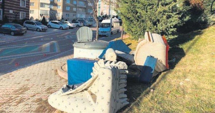 Başkan Çetin'den ironili çöp tepkisi