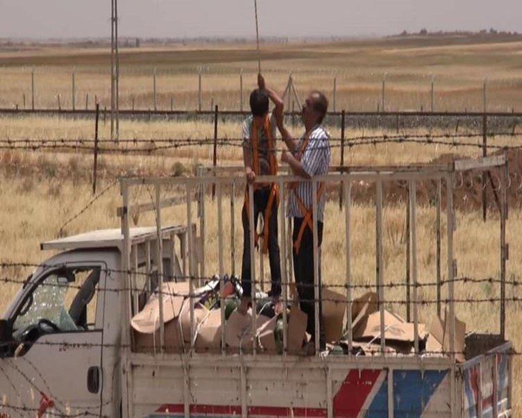 Nusaybin'de kaza yapan kamyonet mayınlı alana girdi