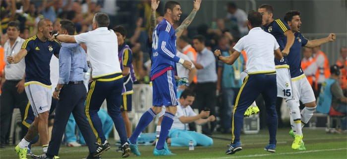 Pereira galibiyeti top toplayıcı çocukla kutladı