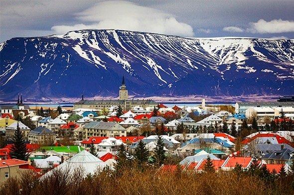 İzlanda'da Türkleri öldürmek serbestti!