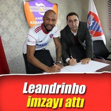 Leandrinho imzayı attı