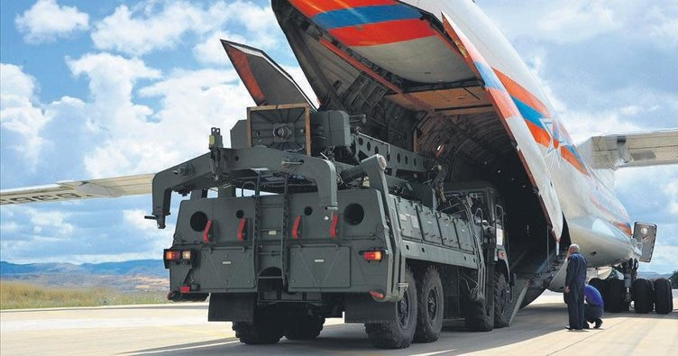 S-400 sisteminin ilk parçaları geldi Türkiye daha güvenli