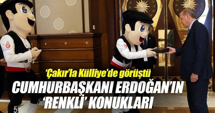 Cumhurbaşkanı Erdoğan maskot Çakırı kabul etti