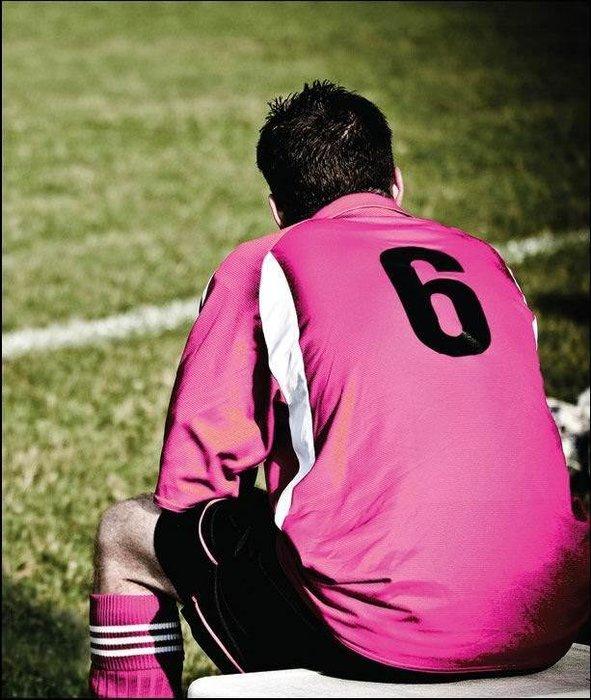 Futbol erkek oyunu!