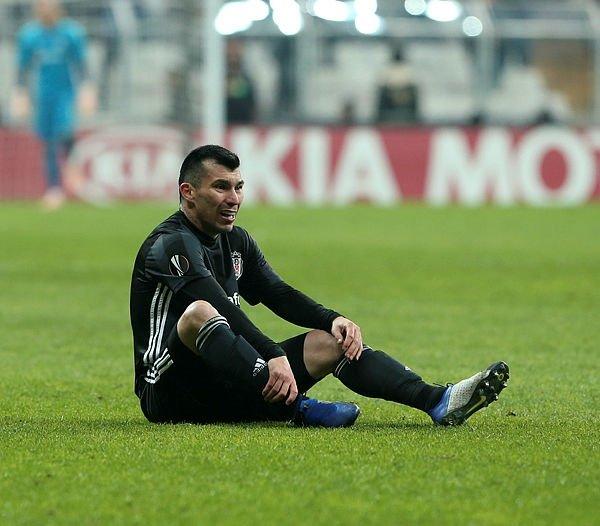 Son dakika! Gary Medel Beşiktaş'tan ayrılıyor