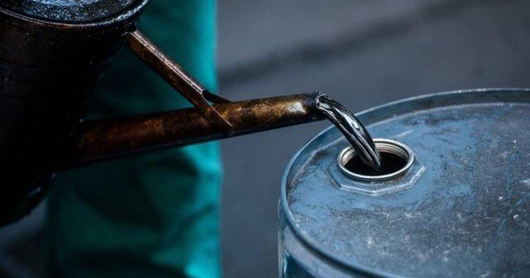 Petrol fiyatları yükselirken altın düştü