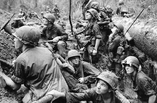 an analysis of the causes for the vietnam war By xanthe-marie parys greenwood what were the causes and consequences of the vietnam war in a nutshell, north vietnam was communist and south vietnam wasn't.