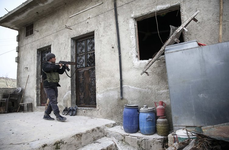 Afrin'de hain plan görüntülendi! Terörist cesetlerini bakın ne yapmışlar