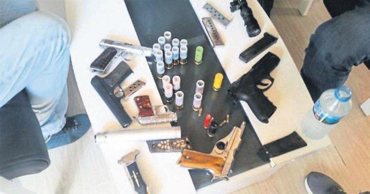 Konak'ta kaçak silah operasyonu