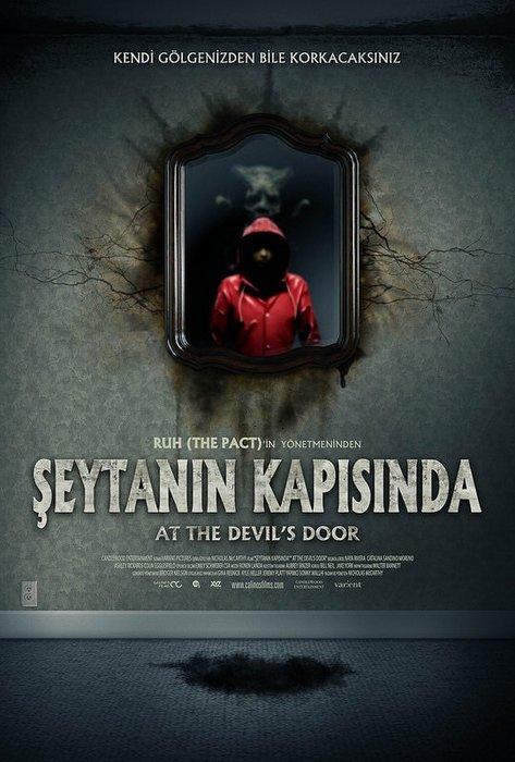 Şeytanın Kapısında filminden kareler