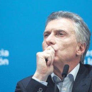 Arjantin'de piyasalar tepetaklak oldu