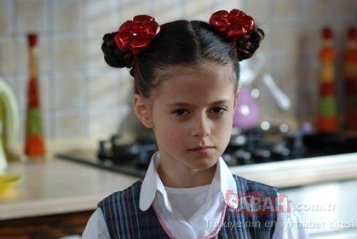 Bez Bebek'in Pompi'si Elif Ceren Balıkçı Kırmızı Oda'nın genç yıldızı oldu! Güzelliğiyle herkesi büyüledi! Sosyal medya onu konuşuyor!