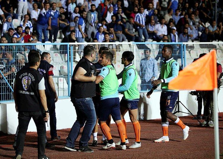 Emre Belözoğlu taraftarla tartıştı! Kavga ve küfür...