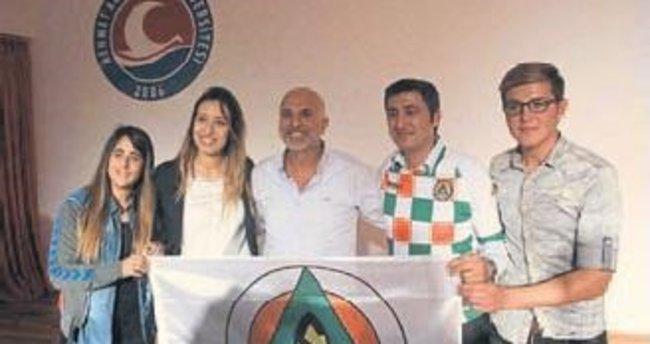 Bucak'a atletizm pisti sözü