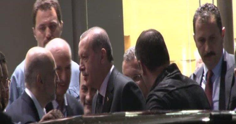Cumhurbaşkanı Erdoğan Talip Öztürk'ü hastanede ziyaret etti!
