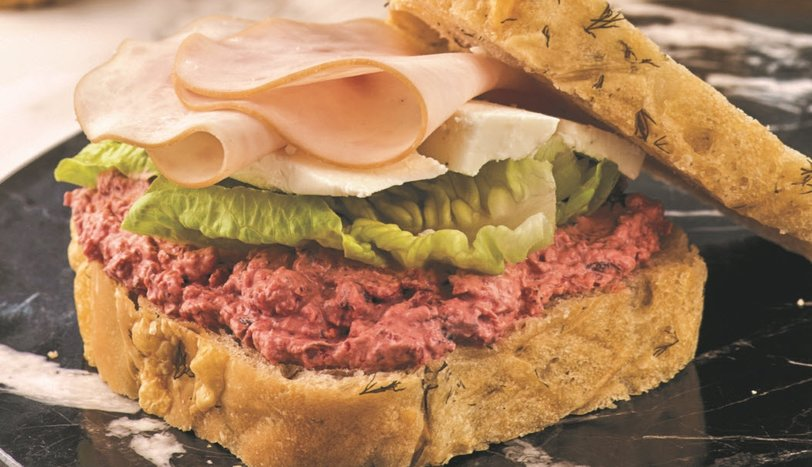 Pancar Soslu Sandviç