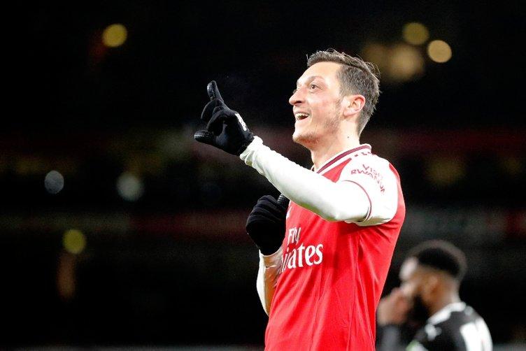 Arsenal'in yıldızı Mesut Özil'den Fenerbahçe sözü!
