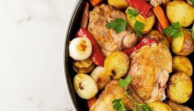 Bol sebzeli pratik tavuk yemeği