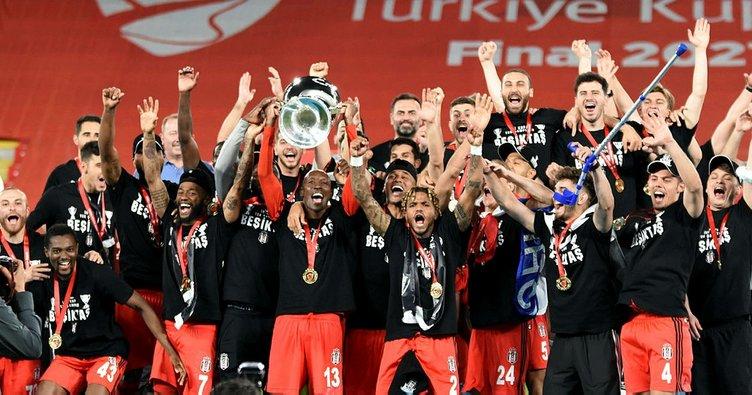 Son dakika: Ziraat Türkiye Kupası Beşiktaş'ın! Sergen Yalçın İzmir'de tarihe geçti...