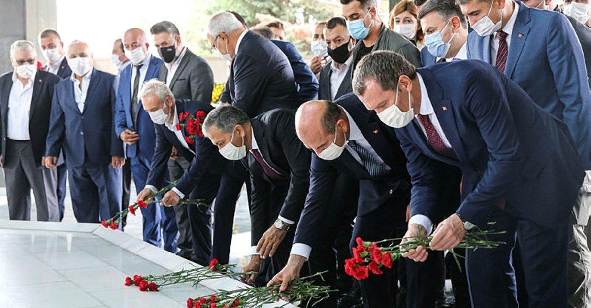 Adnan Menderes, idam edilişinin 59'uncu yıl dönümünde mezarı başında anıldı