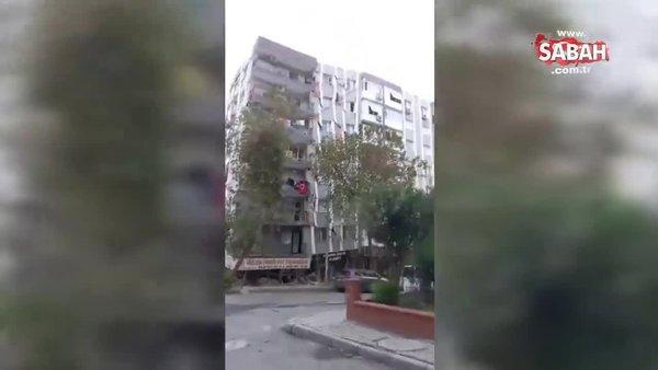 İzmir'de yaşanan deprem sonrası hasar alan bina büyük bir gürültüyle böyle yıkıldı! Korku dolu anlar kameraya yansıdı | Video