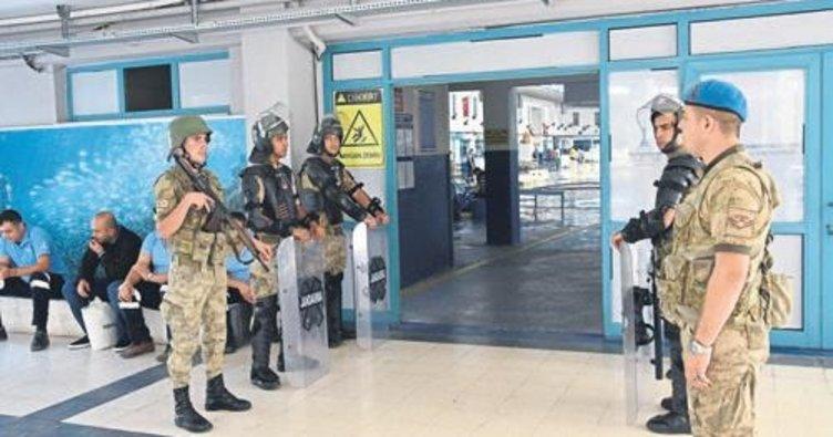 """İzmir balık hali'nde """"taşıma"""" kavgası"""