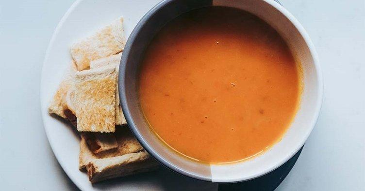 Tarhana çorbası tarifi yapılışı! Kolay ve nefis tarhana çorbası nasıl yapılır?