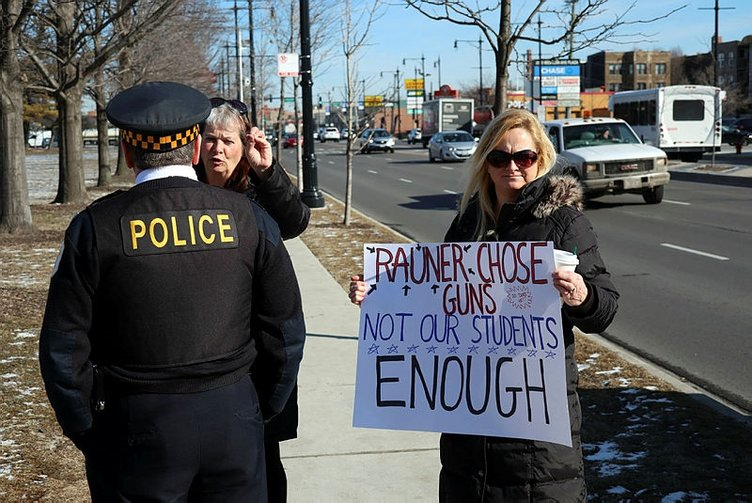 ABD'de silah karşıtı öğrenci protestosu