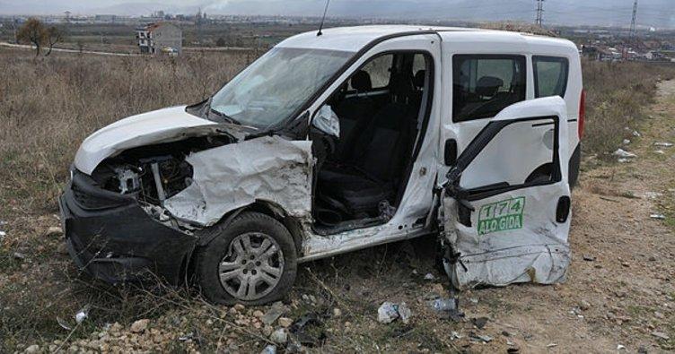 İnegöl'de kaza: 4'ü çocuk, 6 yaralı