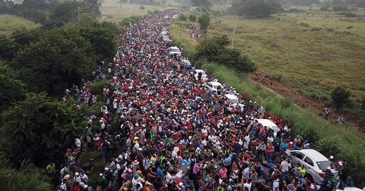 Latin Amerika'da yaşayan 42 milyon kişi ABD'ye göç etmek istiyor