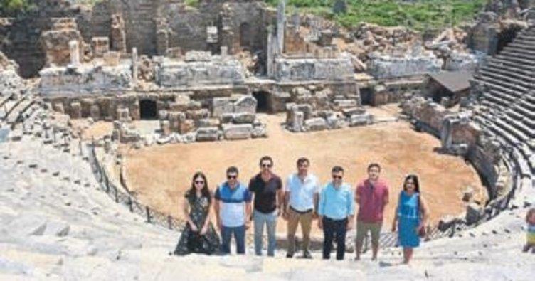 Azeri gazetecilere Manavgat tanıtımı