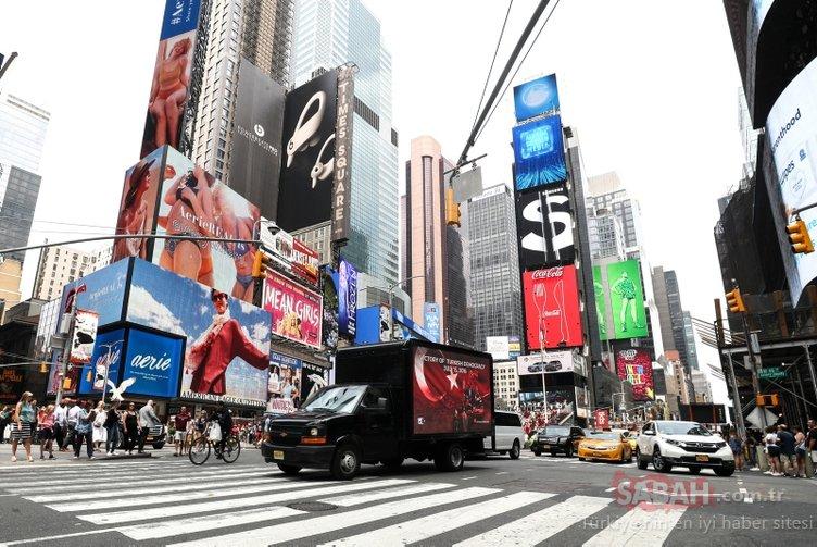 New York'ta dijital ekranlarda 15 Temmuz mesajı!