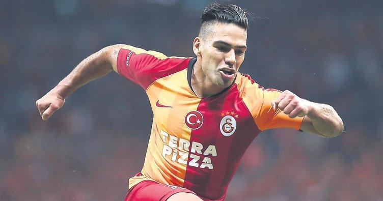 Galatasaray, Kasımpaşa'yı Falcao ile devirdi