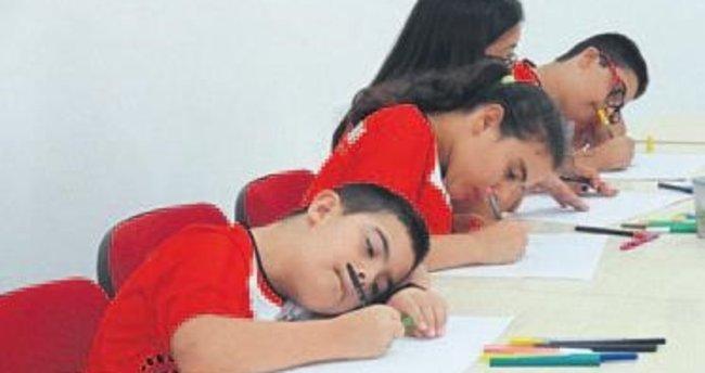 Öğrencilerden mandala çalışması