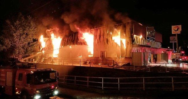 Son dakika haberi: Zonguldak'ta market yandı