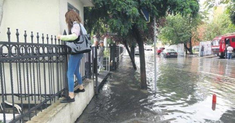 İstanbul'da yağış etkili oldu