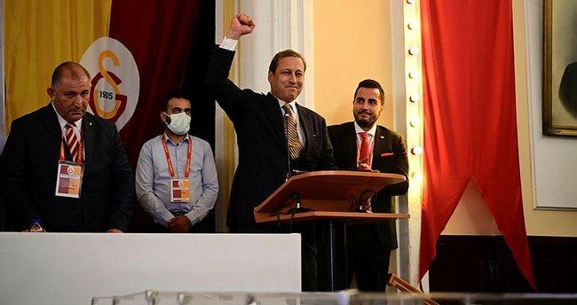 Son dakika: Galatasaray'da devir teslim töreni! Burak Elmas mazbatasını aldı