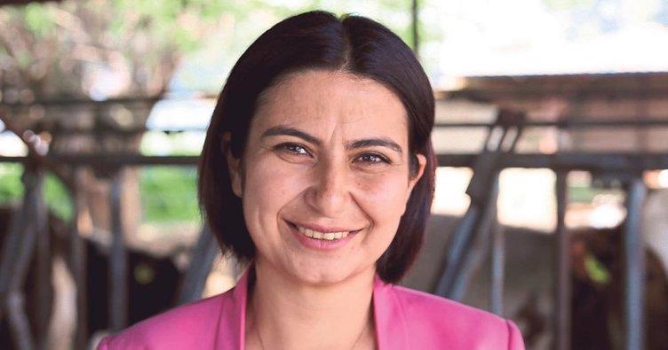 Özçınar'dan türkülü bayram kutlaması