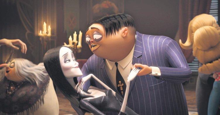 Addams Ailesi'yle komşu olmak ister misiniz?