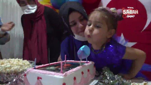Şehidin 4 yaşındaki kızına gözleri yaşartan doğum günü kutlaması   Video