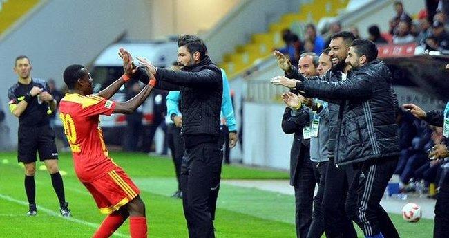 Kayserispor, Bucaspor'u tek golle devirdi