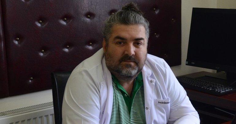 Prof. Dr. İbrahim İkizceli koronavirüs ile geçen1 yılı anlattı...