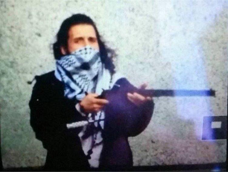 Saldırgan sonradan Müslüman olmuş