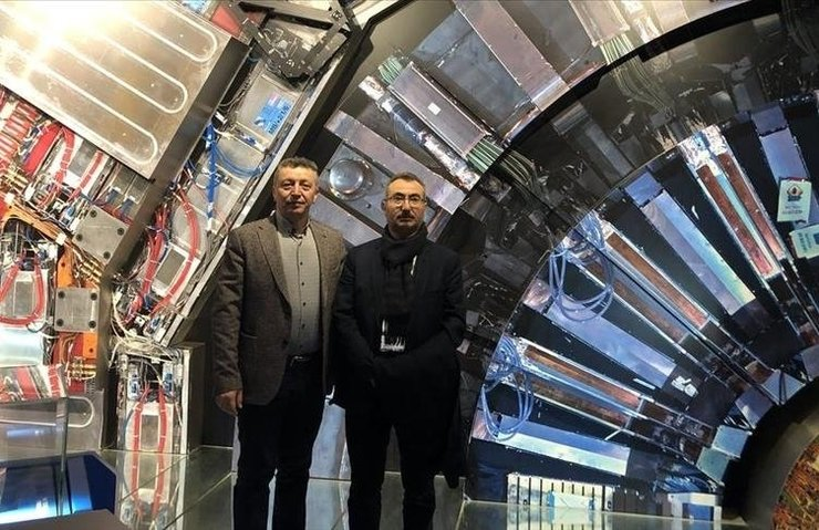 İSTANBUL ÜNİVERSİTESİ, CERN'DEKİ CMS DENEYİNİN TAM ÜYESİ OLDU