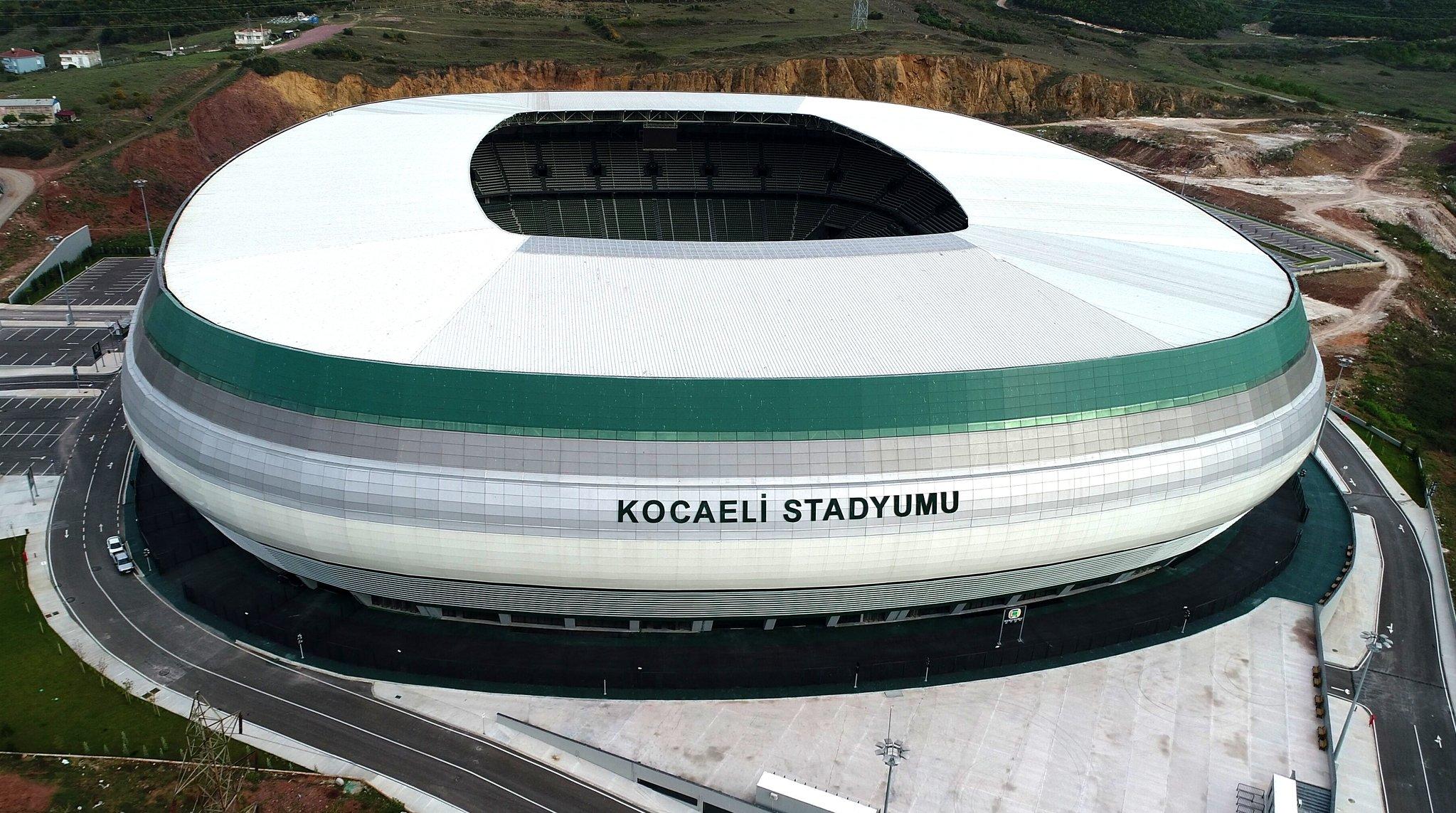 """Résultat de recherche d'images pour """"kocaeli stadi"""""""