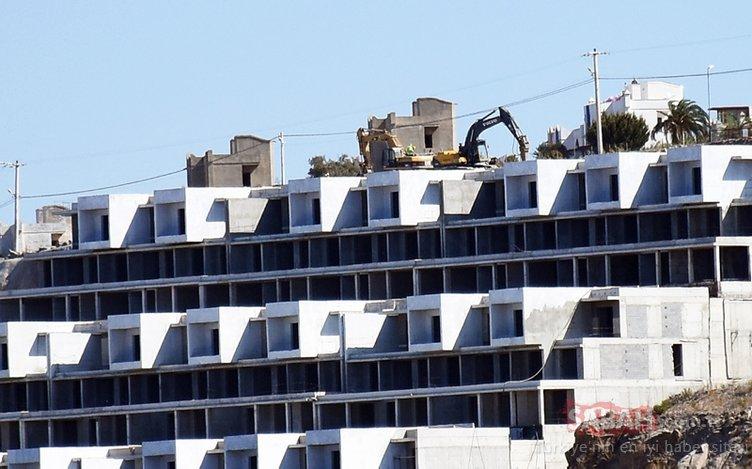 Vatandaşlar büyük tepki göstermişti!  Bodrum'daki o projenin rezidans kısmındaki blokları yıkılıyor