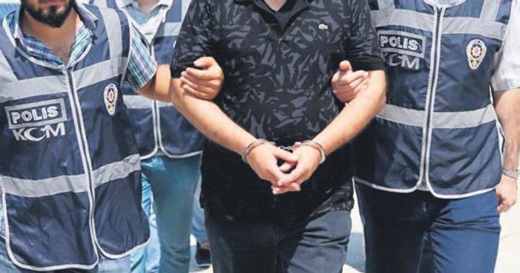 FETÖ'nün yeni Ege yapılanmasına baskın 28 tutuklama